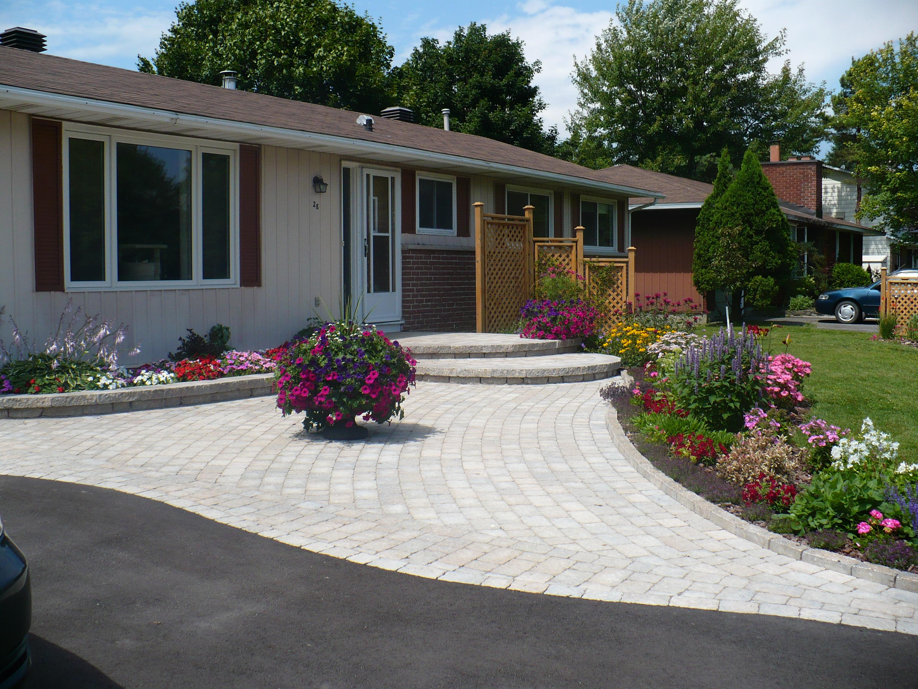 Front landscaping ideas australia for Landscaping ideas melbourne